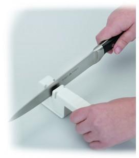 Afilador de cuchillos de ruedas metálicas de Lacor