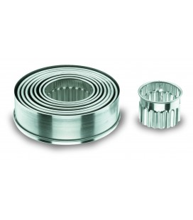 Box 9 round pasta cutter - stainless curly of Lacor